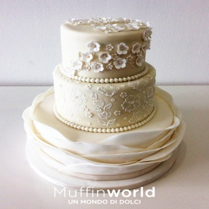 wedding-cake-design-bianco-avorio-muffinworld-milano